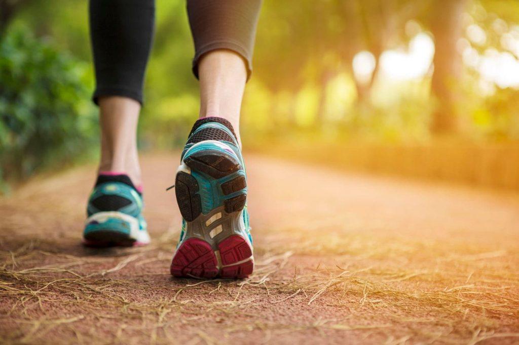 วิ่งกับเดินเร็ว แบบไหนสามารถลดไขมันได้ดีกว่ากัน
