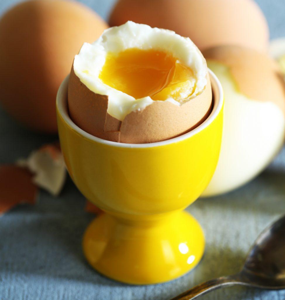 ไข่ลวก ไข่ยางมะตูม-ไข่ดิบอัตรายกว่าที่คิดเสี่ยงท้องเสีย อาหารเป็นพิษ