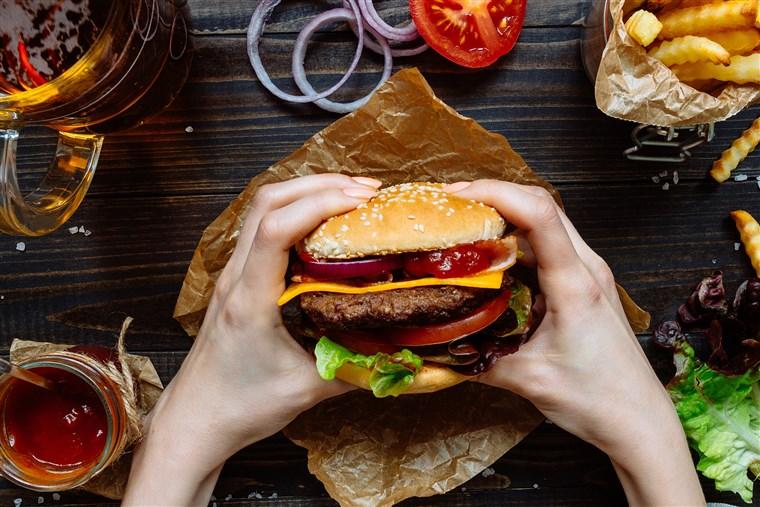 5 สาเหตุของอาการ ท้องอืด-อาหารไม่ย่อย ที่คุณอาจไม่เคยรู้ 2