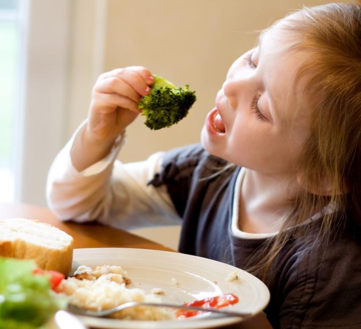 กินช้ากับกินเร็ว การกิน 2 แบบนี้อย่างไหนอ้วนง่ายกว่ากัน 2