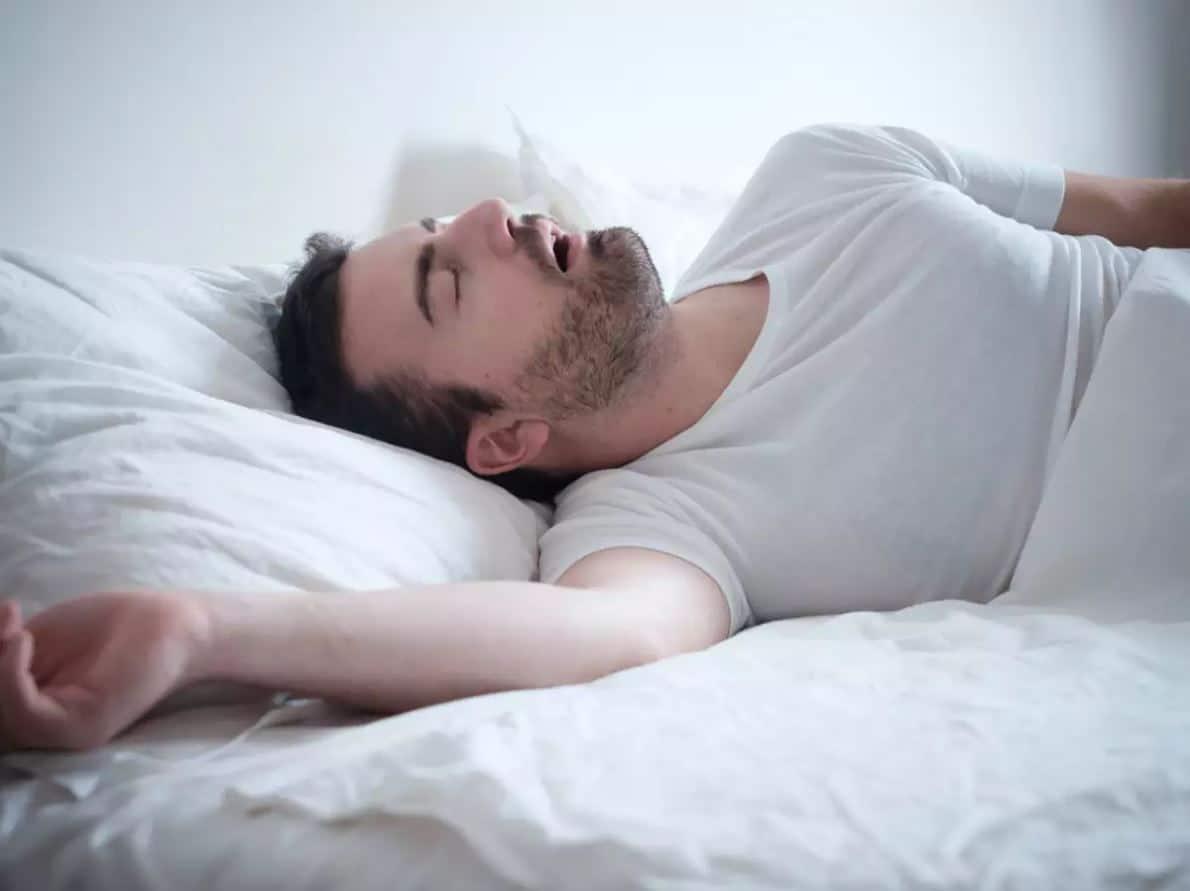 อาการนอนกรนเกิดจากอะไร?